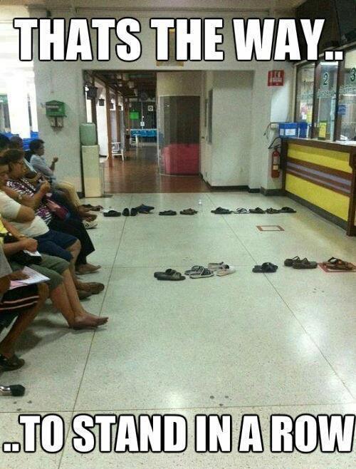 Kam stovėti eilėje?